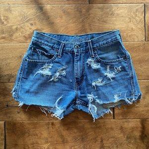 Levi's 539 Shorts (white tag)